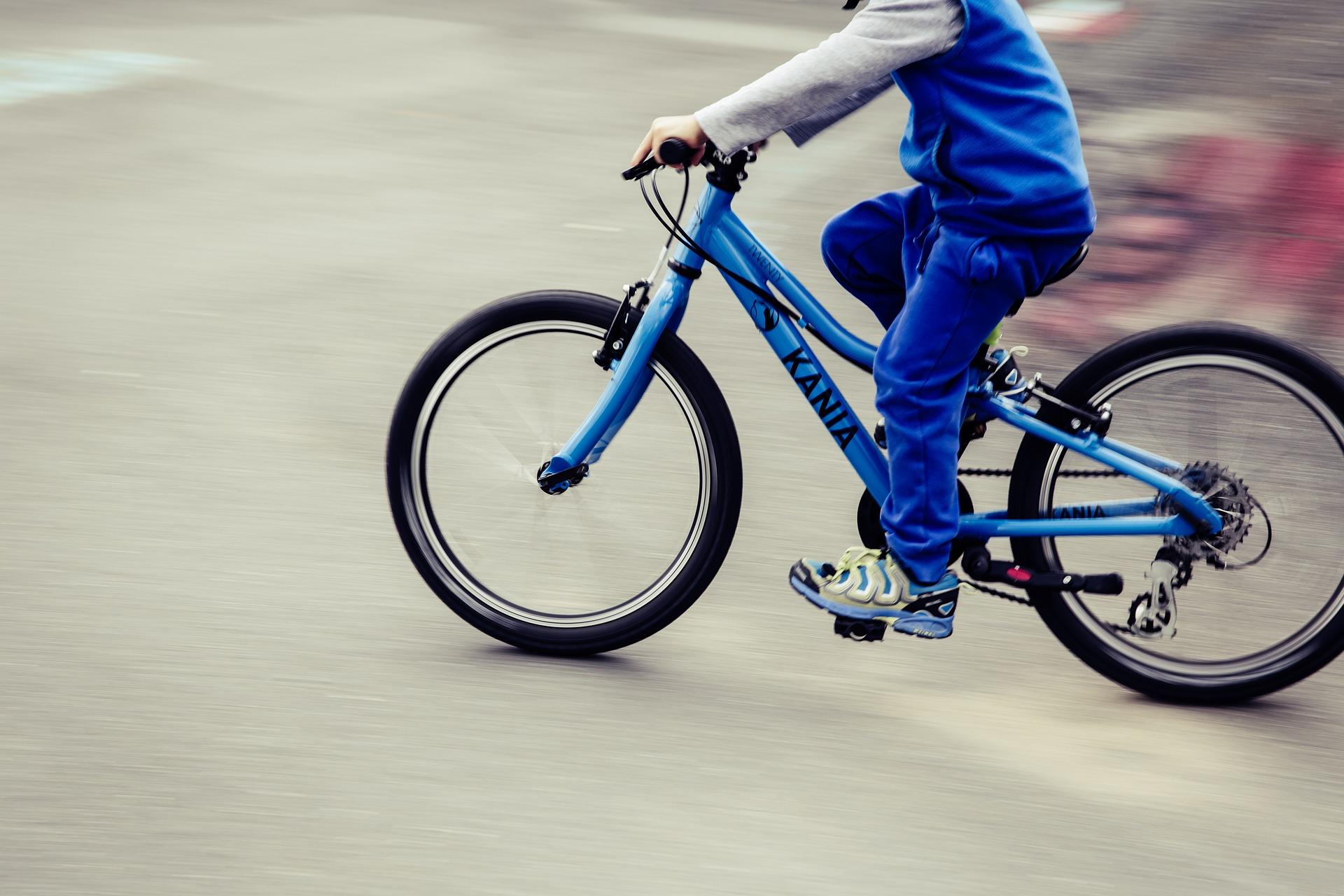 mountain-bike-1666673_1920